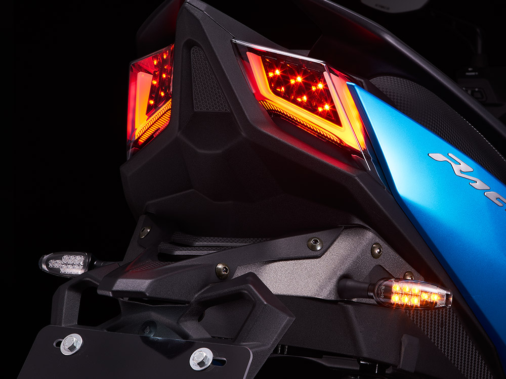 racings150_backlight